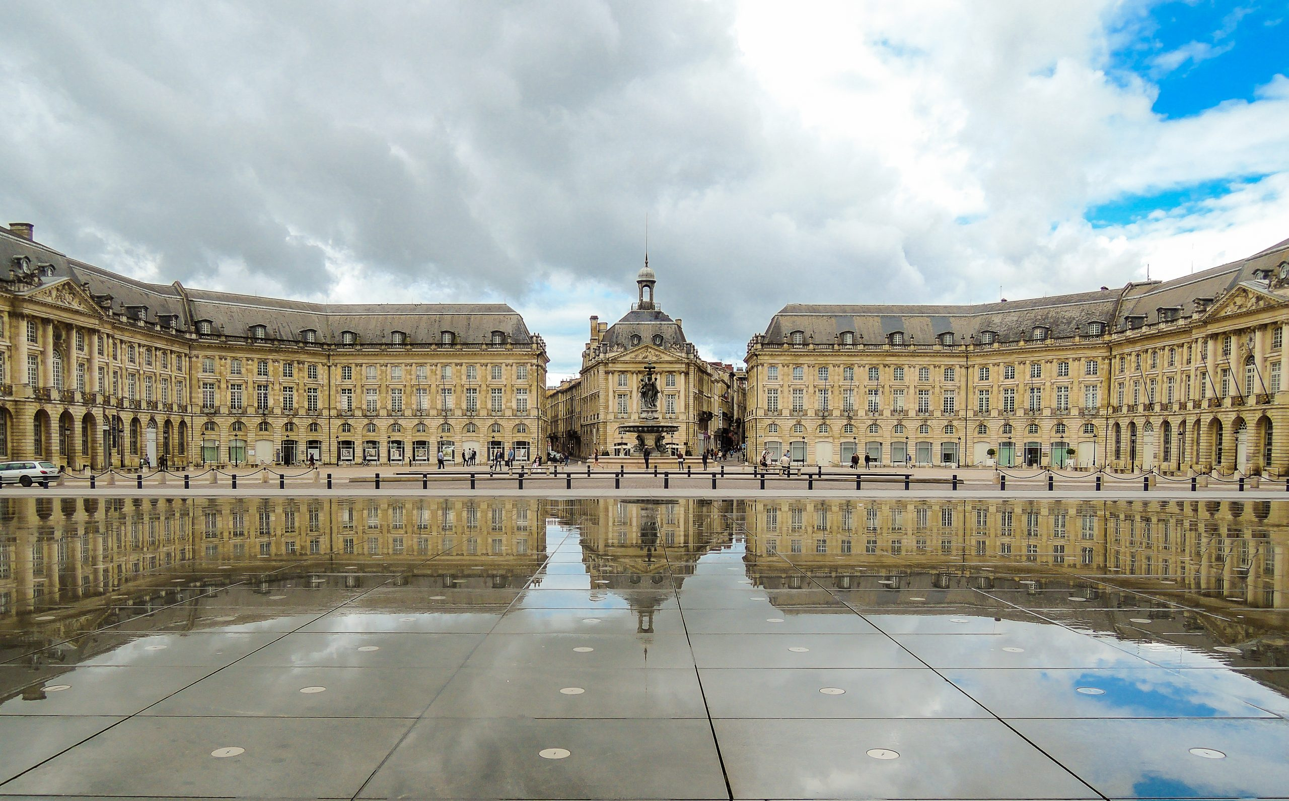 Place_de_la_bourse,_Bordeaux